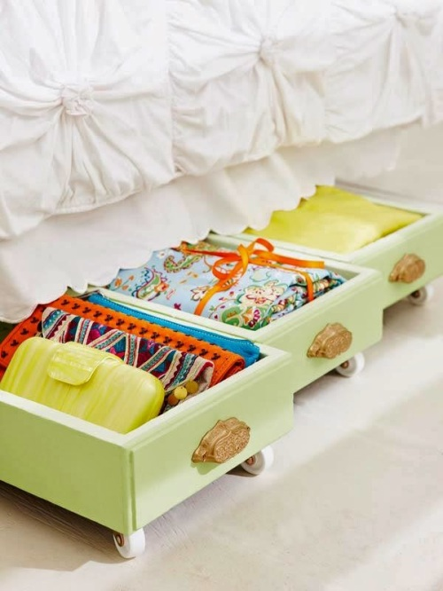 drawer-under-bed-organization-storage-repurpose-upcycle