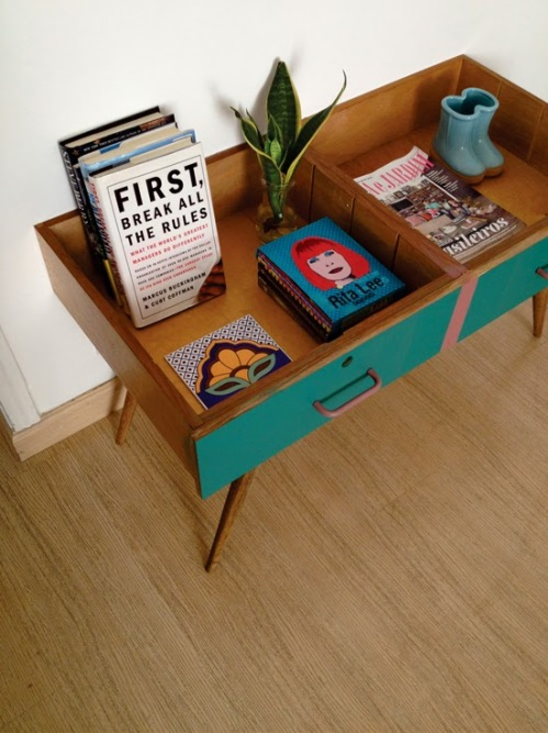 drawers-side-table-repurpose-upcycle