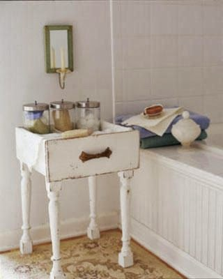 drawers-small-table-bathroom-repurpose-upcycle