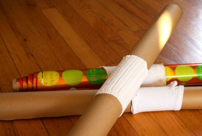 socks-wrapping-paper-holder-reuse-repurpose