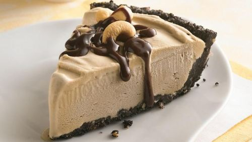 Coffee Ice Cream Pie | Truly Cozy Blog.com